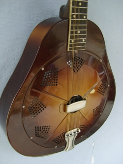 Triolian  Mandolin Front and Side